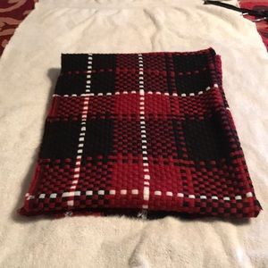 Charming Charlie's NWOT Checkered Scarf
